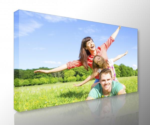 Bild auf Fotoleinwand 45 x 30 cm farbig mit Keilrahmen